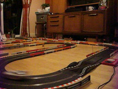 Scalextric - Winter 2017 Layout (Andy Reeve-Smith) Tags: gm generalmotors opel vectra gts dodge viper chrysler scalextric hornby slotcar slotcarracing slotcars