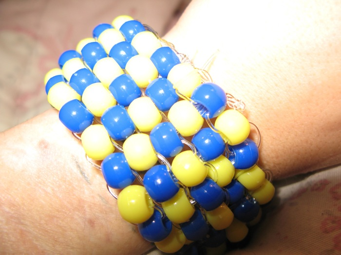 brick stitch and peyote stitch pony bead bracelets image