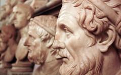 thinker (marfis75) Tags: italien italy rome roma statue stone museum greek italia faces roman head cc bust heads büste sokrates rom statuen dichter römisch politiker musseum griechisch köpfe gesichter aristoteles büsten wissenschaftler philosoper marfis75 marfis75onflickr