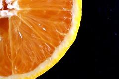 1/4 orange (Max Hendel) Tags: orange half canoneosdigital photobymaxhendel bymaxhendel fotografadopormaxhendel maxhendel photographedbymaxhendel pormaxhendel canoneosphoto photographermaxhendel maxhendelphotography