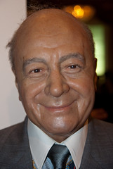Mohamed Al-Fayed (36474) (Thomas Becker) Tags: madame tussaud celebrity london geotagged museu puppet statues harrods muse diana celebrities wax museo bakerstreet dodi fulham figuras muzeum figur cera mohamed tussauds puppe madametu