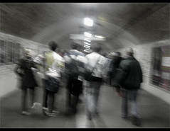 LoNdOn UnDeRgRound ....   ....  (BntOman  ) Tags: people london underground crowd  omani     bntoman