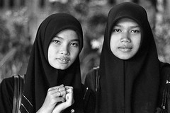 Young Muslim Girls - Bangkok, city of angels