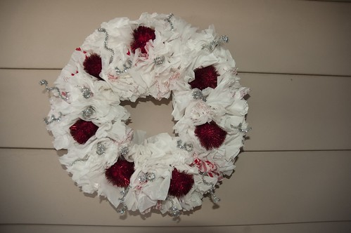 And here's the finished wreath.