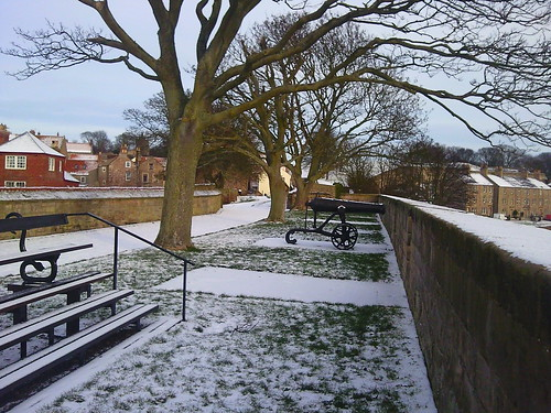 Berwick upon Tweed town walls 4 Jan 2010