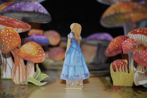 Alice Close UP