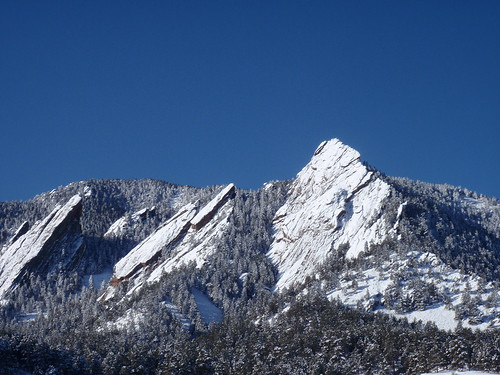 The First Flatiron (right) and the obvious corner system that occasionally ices up after a good snow.