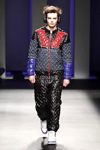 Zdenek Zaboj3088_FW10_Barcelona Fashion Week_Juan Antonio Avalos(lizzylily)