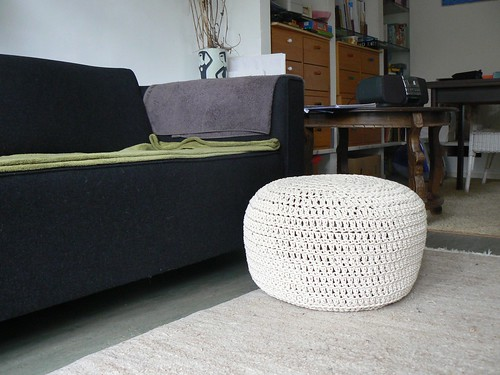 Gehaakte poef / Crochet pouf or footstool by evstra