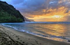 Kee Beach 3-2-2010 k (Chuck 55) Tags: park beach hawaii state kauai coastline napali kee haena keebeach kauaihawaii beachkee