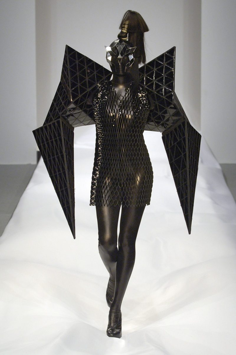 4_gareth_pugh_2007_courtesy_of_firs