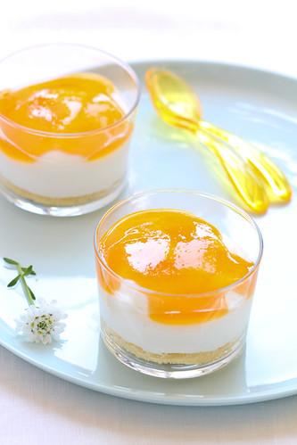 Mousse de iogurt amb fruita de la passió