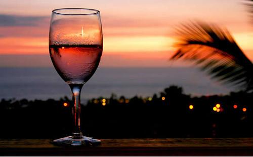 maui-dining-wine