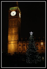 natal. (jh.tt) Tags: christmas inglaterra england london clock natal bigben christmastree londres