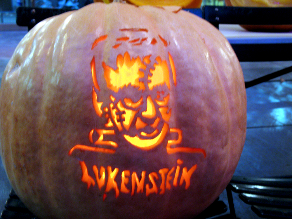 Its the great pumkin carving Charlie Luken