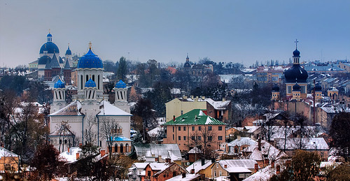 Winter came to Chernivtsi
