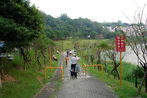 20091017_170543_汐止金龍湖
