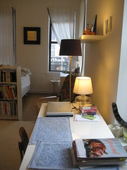IMG_4293 (flaschenpostpics) Tags: nyc myfirstapartment manhattanapartment apartmenttherapyny uppereastsidestudio