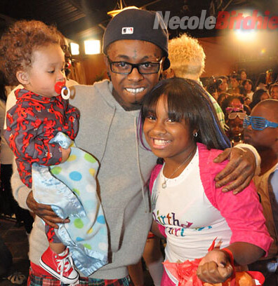 "Lil Wayne's ""Modern Family"" Map: plus, Nivea gives birth to"