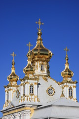 East Chapel at Peterhof (Erwyn van der Meer) Tags: blue detail stpetersburg gold golden bluesky saintpetersburg peterhof img5590 eastchapel