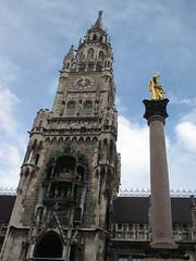 MÜNCHEN - New City Hall Tower and Mary's Column (Andra MB) Tags: christmas germany munich münchen bayern deutschland bavaria noel weinachten rathaus allemagne 2009 primarie germania baviera crăciun bavière