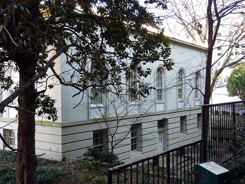P1000566-2010-02-03-Shutze-Academy-Of-Medicine-South-Facade