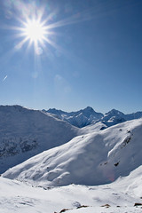 Alpine Sun (Siuloon) Tags: mountain snow ski france mountains alps alpes snowboarding skiing top superior alpen alpy alpedhuez haut spitze francja vrch ozenoisans mygearandmepremium mygearandmebronze mygearandmesilver mygearandmegold mygearandmeplatinum mygearandmediamond