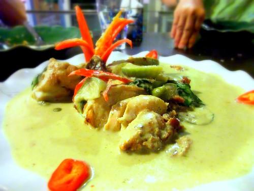 Gaeng Keaw Wan Neur (Green Curry Beef)