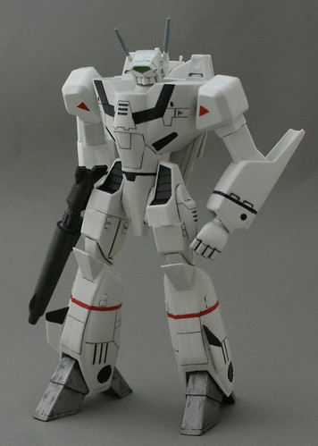 Old skool Arii 1/72  - VF-1J Target Battriod - 3