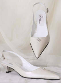 Low heel shoes for the wedding.