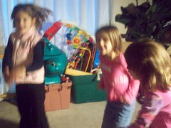 freeze dance game (Ron Party) Tags: party rons