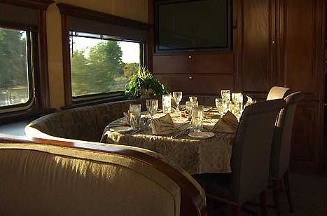 Private Rail Cars - Northern Dreams - dining area