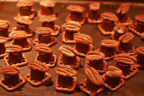 Caramel Pretzel Delights