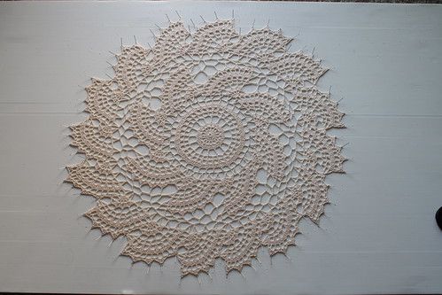 fan doily (blocking process)