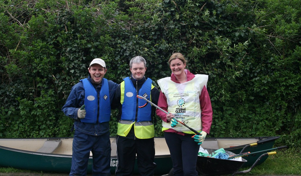 Boyne Canal Clean Up NSC 2009