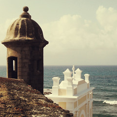 room with a view (jared) Tags: architecture square oldsanjuan puertorico filter viejosanjuan castillosanfelipedelmorro applesandsisters
