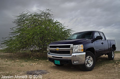 .. Chevrolet Silverado HD 2500 .. (Jassim Photo) Tags: cars chevrolet speed nikon gm power north engine automotive motors american hd nikkor silverado ahmed v8 vr 2500 doha qatar 60l jassim   24120 d700