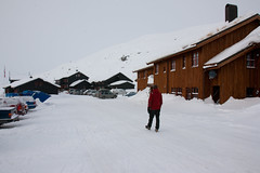Haukeliseter fra st (TrulsHE) Tags: winter white snow cold norway norge vinter cloudy dnt sn haukeli kaldt hvitt overskyet fjellstue haukeliseter turistforeningen