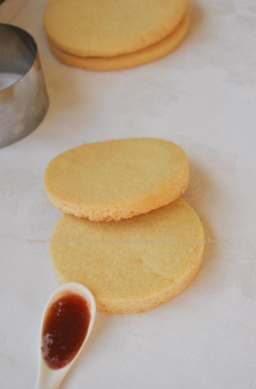 biscotti e marmellata