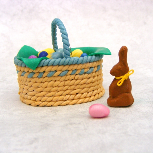 1:6 scale Easter Basket