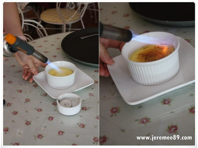 Annabelle's Place @ Tanjung Bungah - Creme Brulee Process