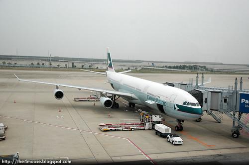 CX 503 - A340-300