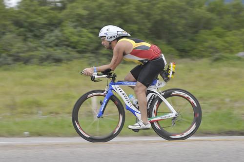 543839ec8 Bermuda bike faz sucesso no Ironman Brasil - Blog Track Field