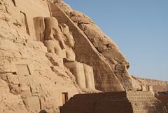 First Glimpse (p medved) Tags: egypt temples egipto abu gypten templo egitto simbel egypte egito tempel egypten templom abusimbel tempio tapnak hram egipt misr misir chrm tempelj templu egipat egyptus templeofrhamsesii