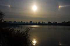 Reservoir dogs (npzo) Tags: nyc sun centralpark reservoir parhelion sundog parhelia atmosphericoptics sundogs centralparkreservoir canonefs1855mmf3556is