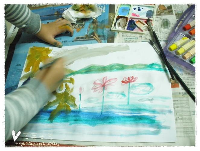 20091113_13在家畫畫.JPG