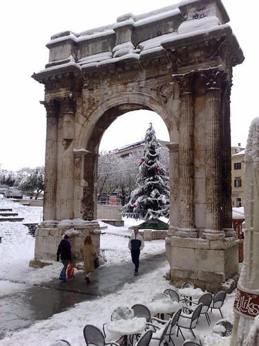 Sergius Arc under snow - Pula
