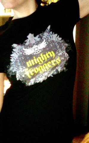 t-shirt noir - blason grunge - femme