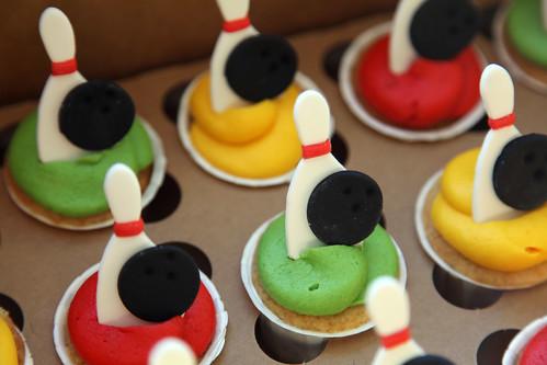 Sophia's bowling cupcakes