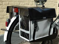 clarijs-panniers-xl-white-black (@WorkCycles) Tags: bike bikes bags fietsen tassen fiets panniers fietstassen clarijs workcycles bisonyl